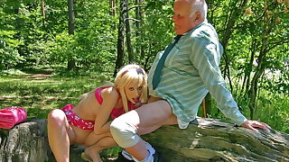 Hot blonde Teena Flaxen blows old cock to obtain an typescript